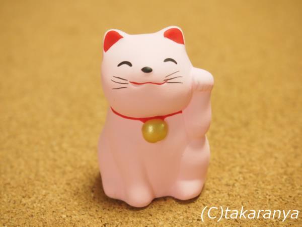 かわいいピンクの招き猫