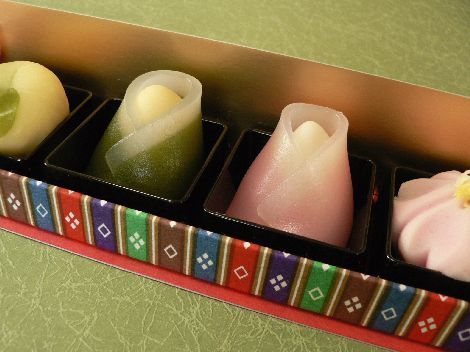 ひなまつりの上生菓子