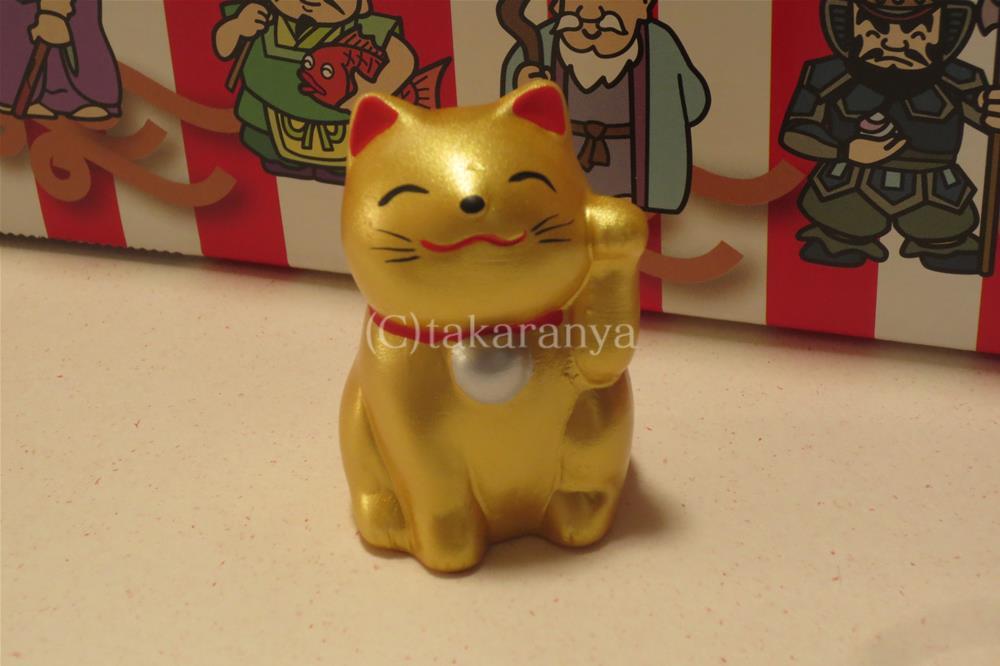 可愛い金色の招き猫
